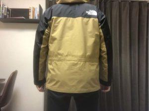 マウンテンライトジャケットサイズ感
